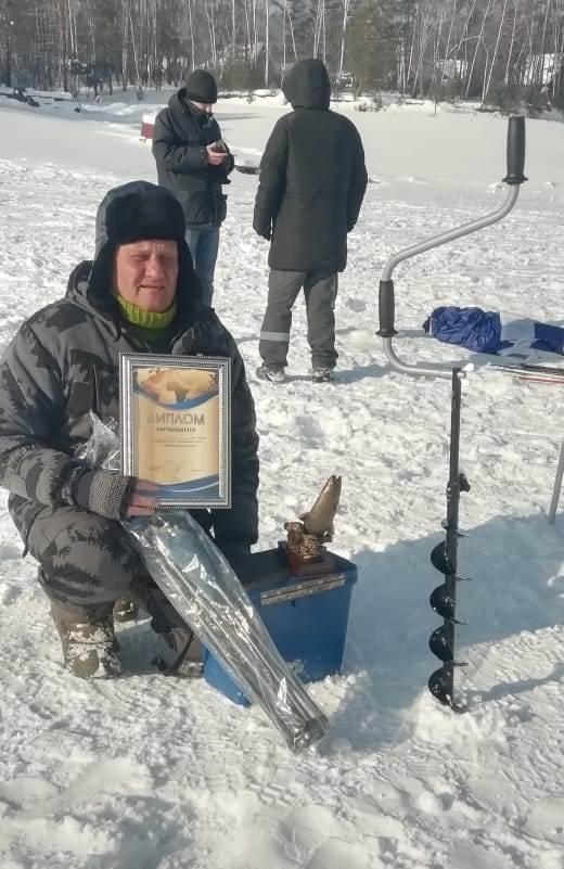Чемпионат по зимней рыбалке среди членов профсоюза эксплуатационного локомотивного депо Красноярск-Главный 3 марта 2021
