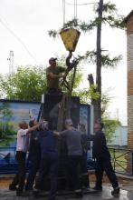 Открытие обновленного памятника воинам-железнодорожникам в сквере возле Иланской дистанции пути 30 июня 2020