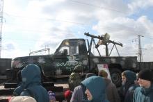 Эшелон с выставкой «Сирийский перелом» в Абакане 18 марта 2018